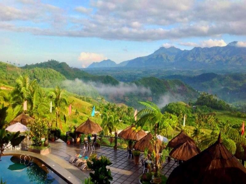 La vista highlands mountain resort san carlos city negros for Pool garden mountain resort argao